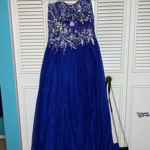 My other prom dress :)